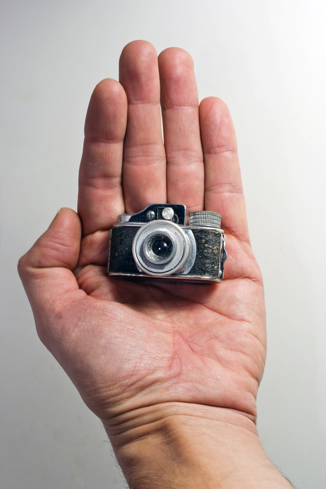 Miniature camera fit's in a hand